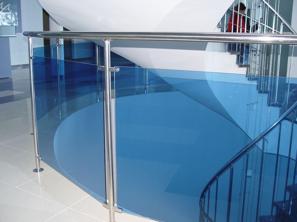 blue_glass_railing_interiror_1420248901.jpg