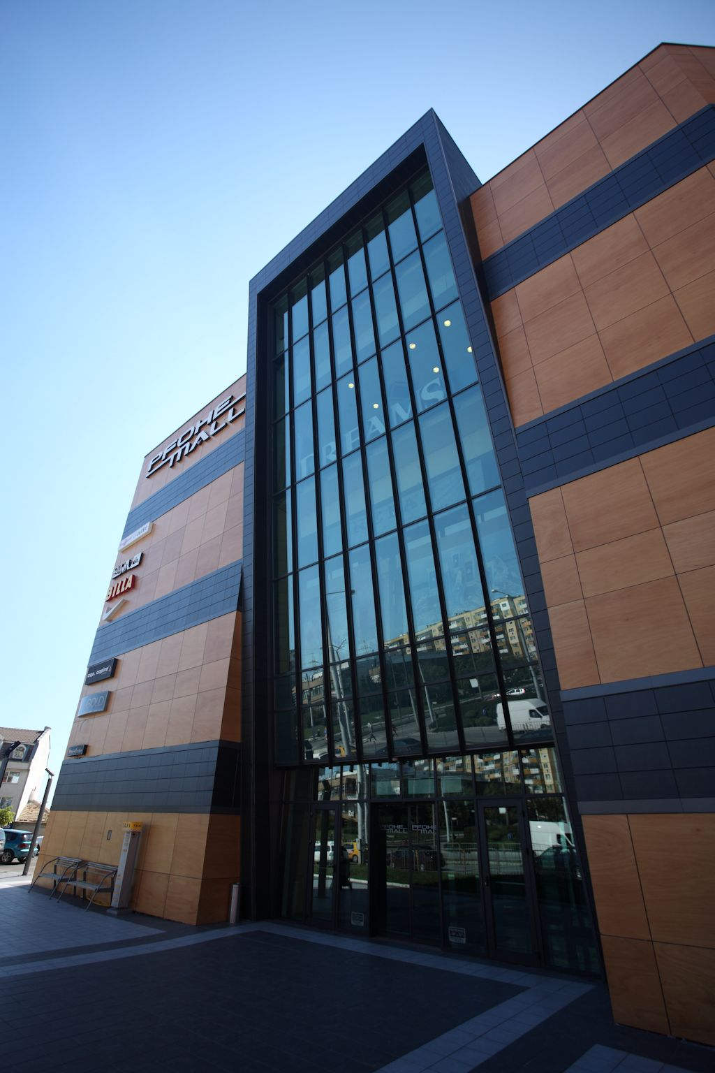 bulitglass_pfohe_mall2_1420420466.jpg